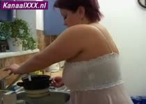 Pijp beurt in de keuken