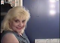 Haar dikke kut word kaal geschoren